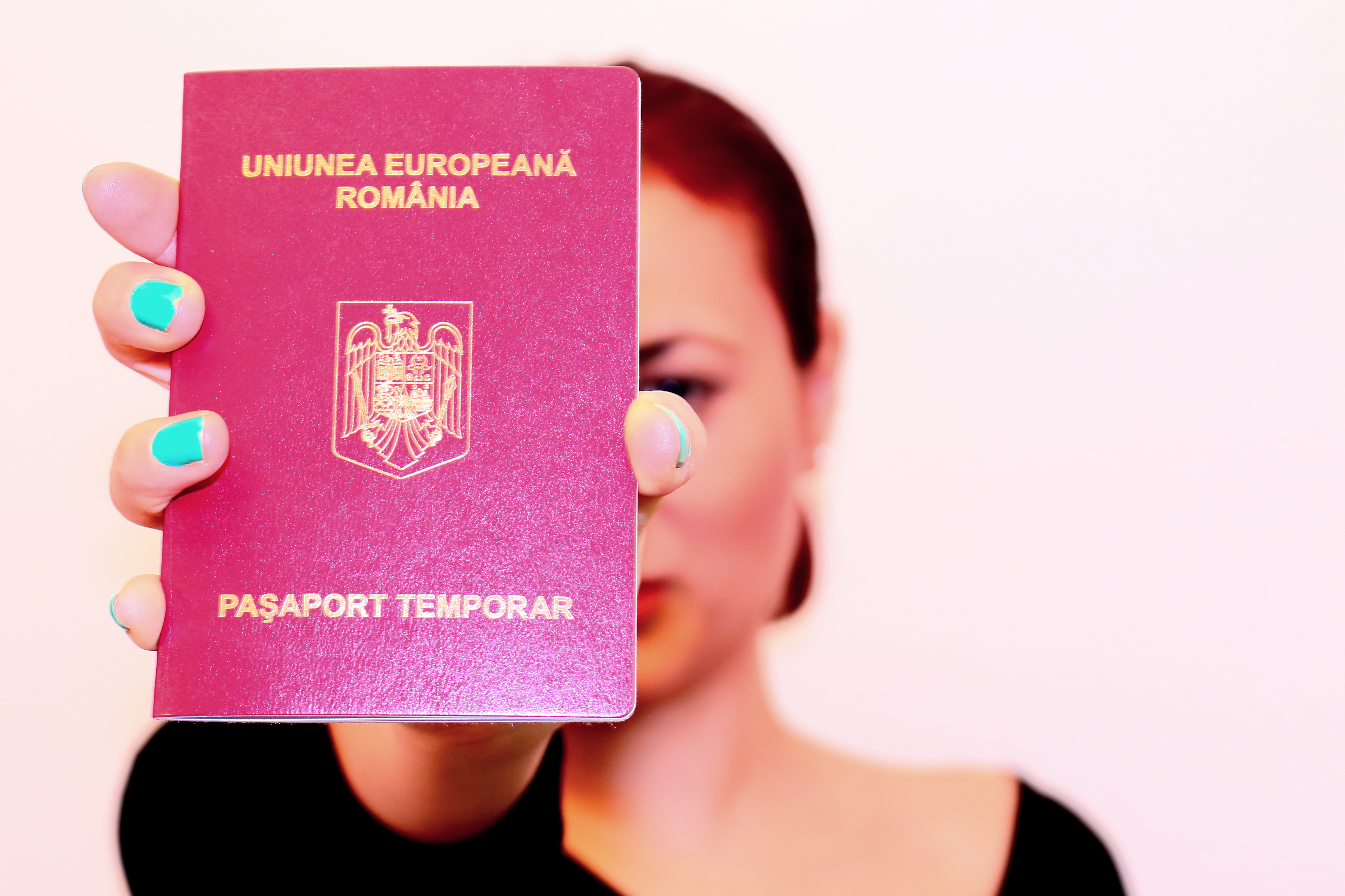 Woman having the Romanian passport