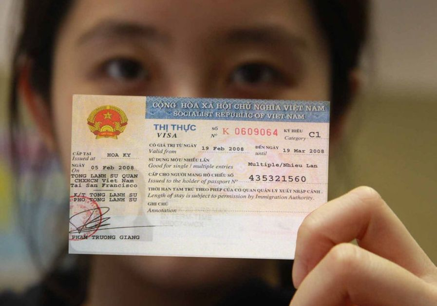 Girl having the Vietnam Visa