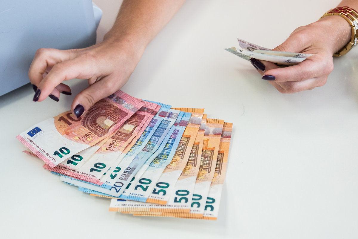 Slovakia Currency for Vietnam Visa